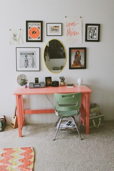 Color Obsessed: Pale Pink Desk {Rose Gold Blog}